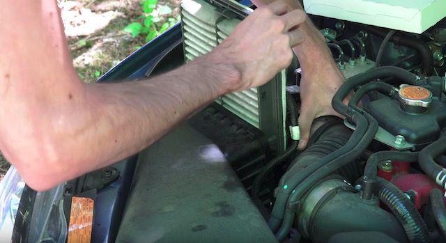 Removing OEM Subaru Engine Air Filter