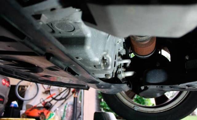 Drain plug Mazda