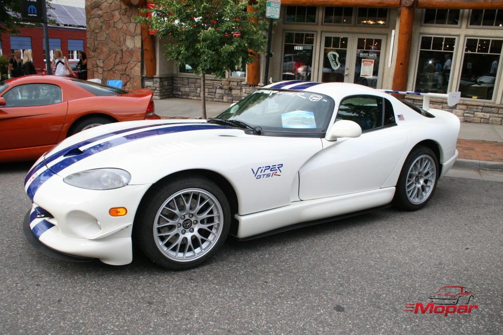 White 98 GTS-R